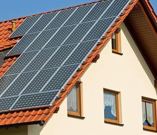 Mój Prąd: Dofinansowano 200 000 instalacji PV.